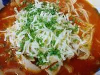 豚肉とオニオン、モッツァレラチーズのトマトスープパスタ